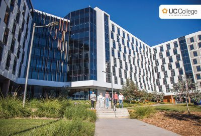 University of Canberra College